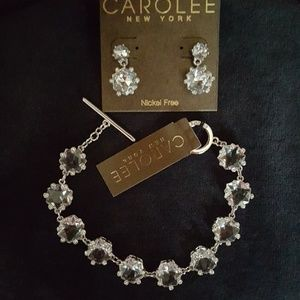 CAROLEE CRYSTAL DROP EARRING & TOGGLE BRACELET SET